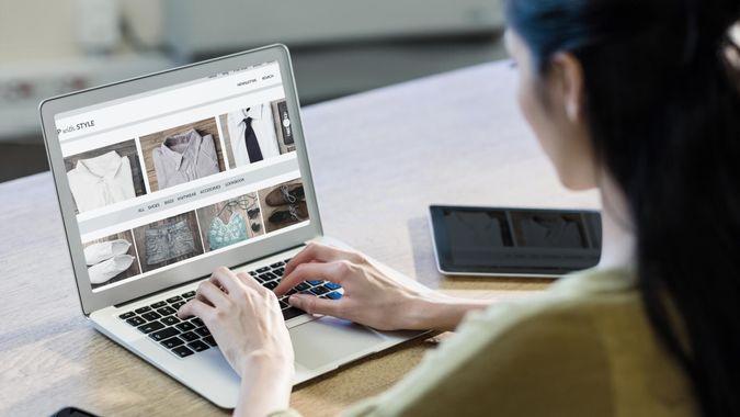 vectorfusionart / Shutterstock.com